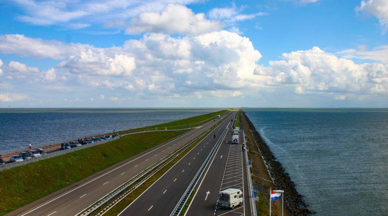 tama Holandia