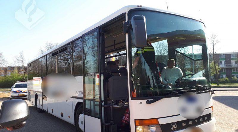 koronawirus Holandia 2020 transport grzywna