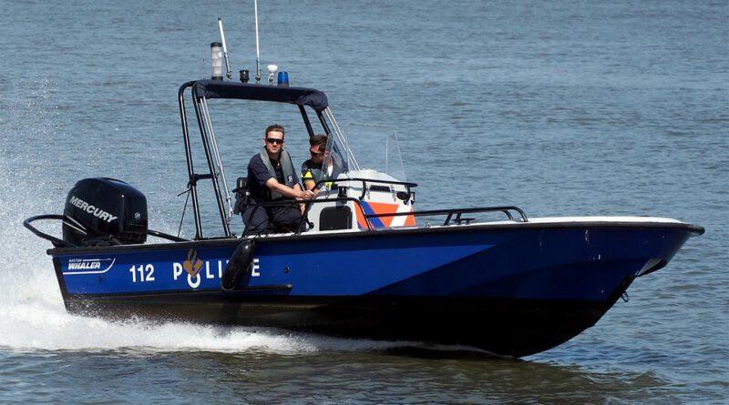 Holandia policja 2020