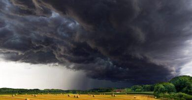 Holandia sztorm wichura Francis wakacje 2020