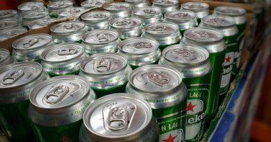 Holandia koronawirus alkohol zakaz sprzedaży supermarkety 2020