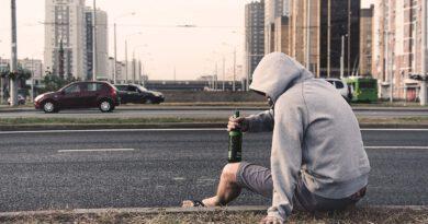 Holandia autostrada pijak alkohol zatrzymanie