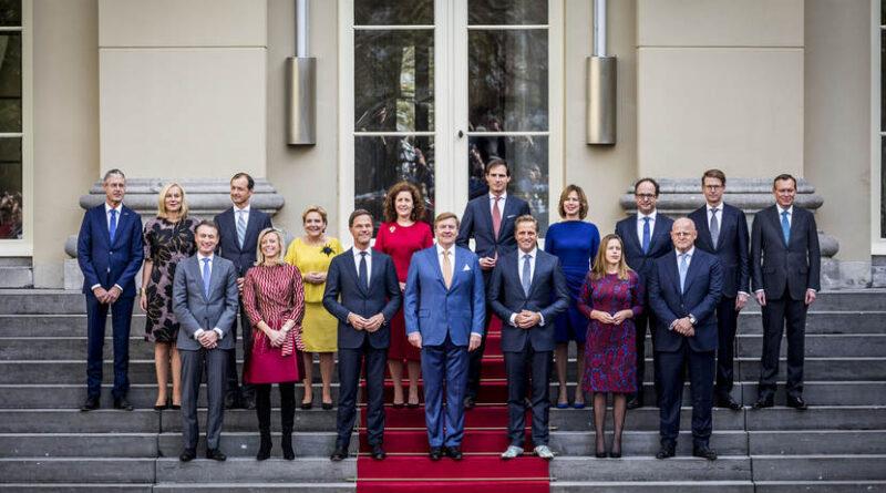 Holandia Rząd dymisja 2021 styczeń