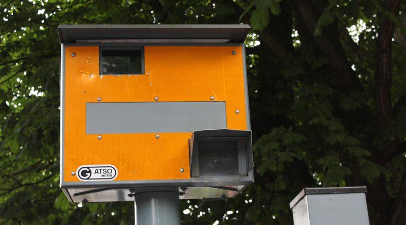 Holandia mandaty 2021 wykroczenia drogowe