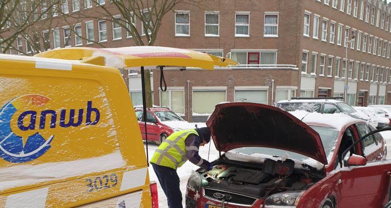 Holandia ANWB zima auto pomoc drogowa luty 2021