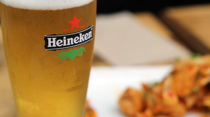 Holandia Heineken koronawirus cena piwo podwyżka supermarkety